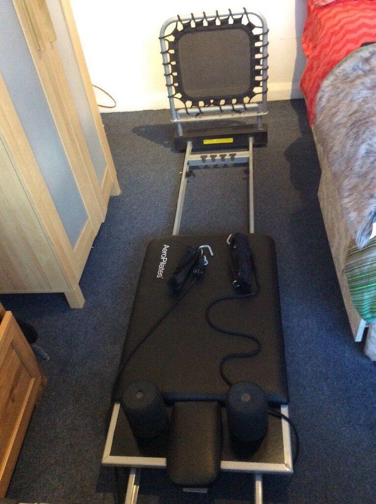Pilates reformer machine excellent condition