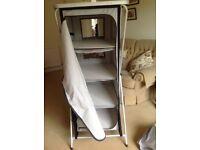 Foldaway storage wardrobe/shelves