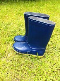 Kids wellington boots children size 13