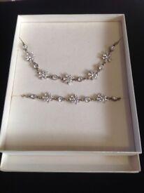 New handmade designer necklace / bracelet set. Swarovski crystal