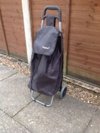 HOPPA SHOPPING TROLLEY EXCELLENT CONDITION USED ONCE VERY ROOMY AND LIGHTWEIGHT