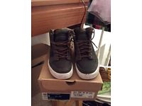 Nike High Dunk trainers with box size 8