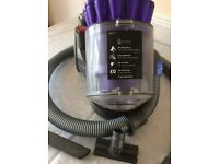 DYSON DC32 Large ANIMAL VACUUM CLEANER 7 years old