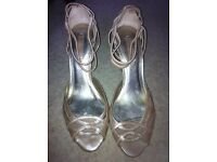 Nine West shoes (size 8)