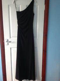 Full lenght black evening dress