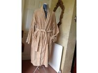 Top quality mans dressing gown. Large size. Luxury towelling.