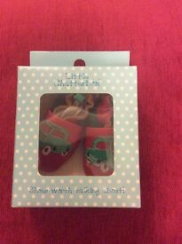 Chatterbox Shoes Size 12-18 months