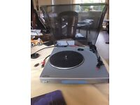 Bush MTT1 Hi Fi Turntable two speed 45 and 33 1/3. With switchable pre-amp in very good condition