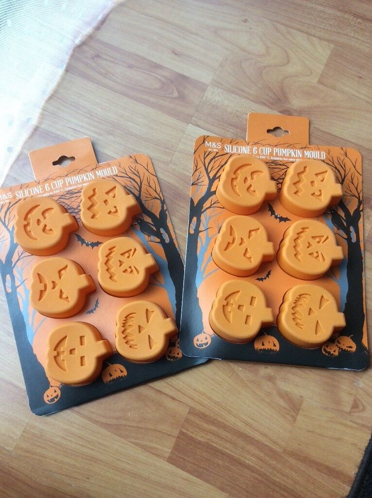 M&S Silicone pumpkin mould (Halloween)