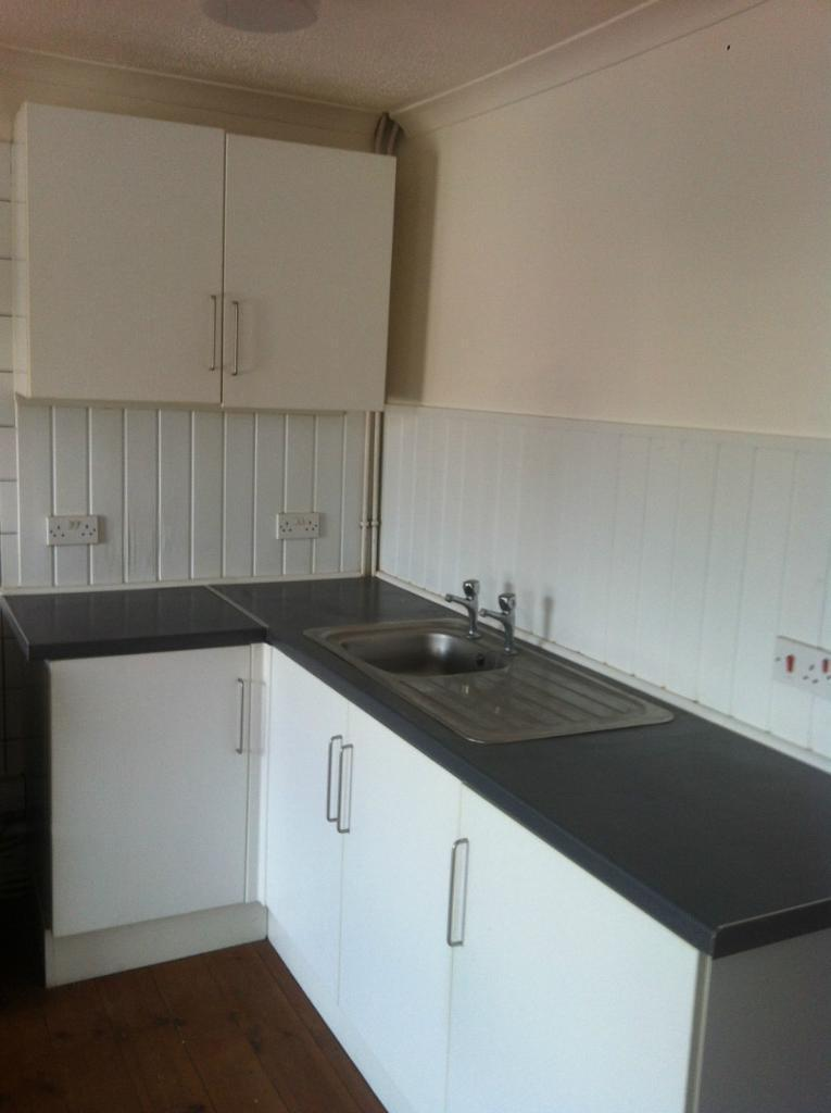 1 Bedroom 2nd Floor Flat in Alma Road, Sheerness ME12 2PA - DSS/HB and Pets Welcome - £599 pcm