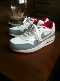Women's Nike Air Max 1 Trainers Size 5