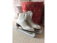White ladies Ice Skates size 6