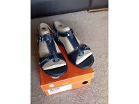Clarks Unstructured Navy Patent Sandals