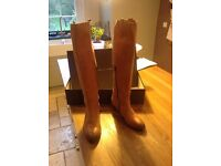 Tan Pied A Terre knee high boots. Hardly worn -very good condition. Marked size 39 - more like 40.