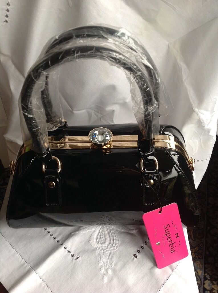 Las Black Patent Handbag Including Shoulder Strap Superbia Of Italy Brand New