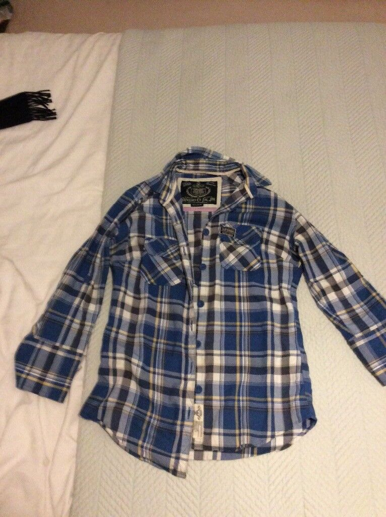 Superdry woman's shirt size extra small size 8