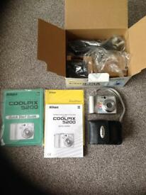 Nikon 5200 coolpix as new. Ideal for holiday small and compact camera