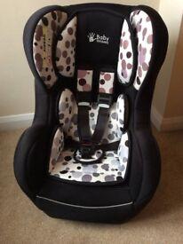 Baby Weavers Car Seat- Group 0+/1- 0-18kg- Black/White/Spotty/ Spotted/ Spots/ Dots/ Dotty