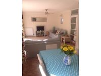 Double ensuite in quiet Pensylvania house for Monday to Friday let