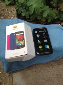 Motorola XT1072 2015 Moto G (2nd Gen) 4G smart phone for sale; unlocked to all networks.