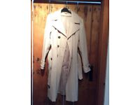 Trench coat style mac