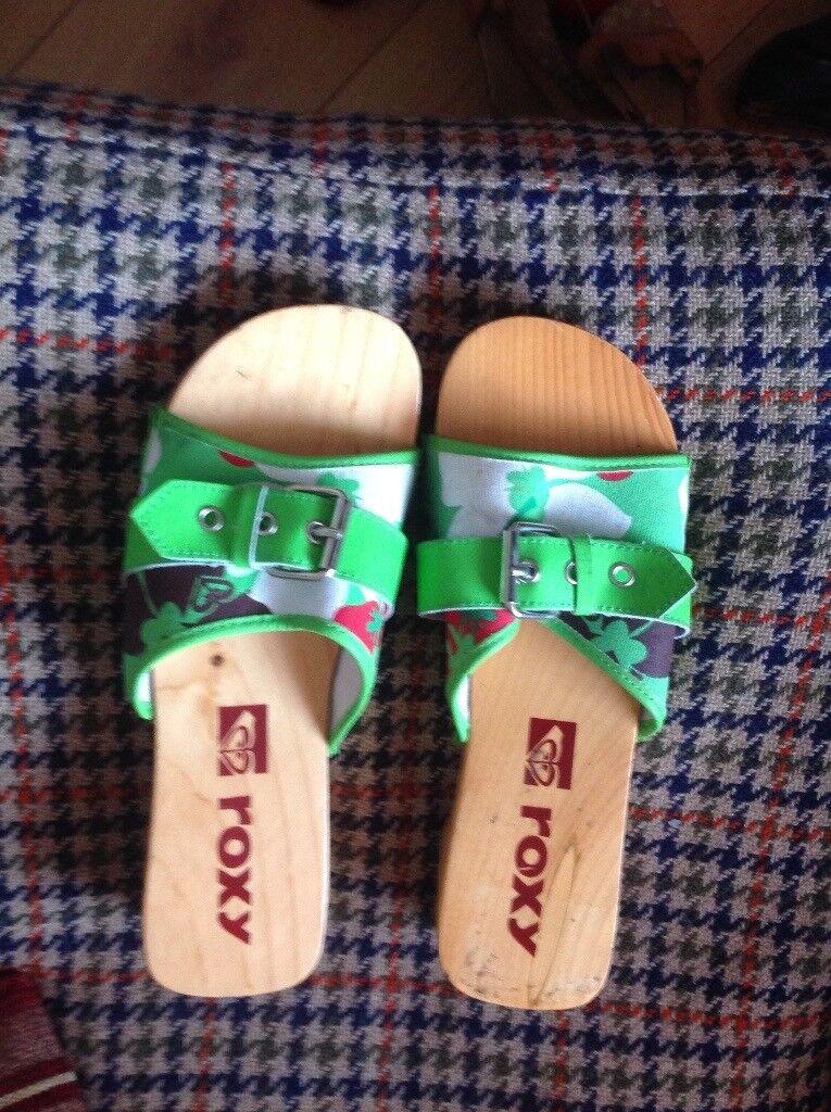 Ladies Roxy cloggs