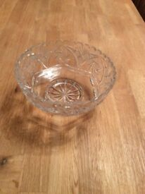 Lead crystal bowl