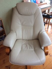 Reclining swivel arm chair. Leather is worn, but oh so comfortable! Fantastic chair!