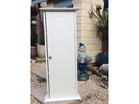 White corner bathroom unit