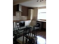 Modern House to let, 3/4 double bedrooms, large kitchen, House, Bentley, Available now £550pcm