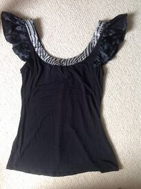 Women's clothing size 8-10