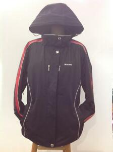 Descente Ladies Winter Ski Jacket (Pre-Owned CNUU3Y)