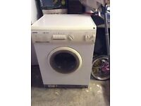 Hoover Washer Dryer in good condition for sale
