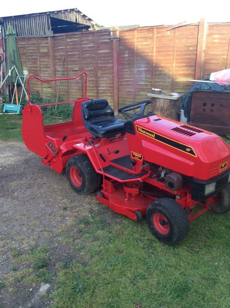 Westwood T1500 Hydro Ride On Mower 15hp With Back Box And