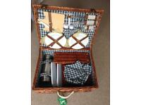 Brand new luxury wicker picnic hamper