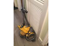 Dyson DC08 vacuum cleaner with accesssories / tools. Good working condition - Silver / yellow