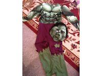 Kids hulk oufit and mask 4-6years