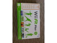 WII Fit Board + game - Brand new