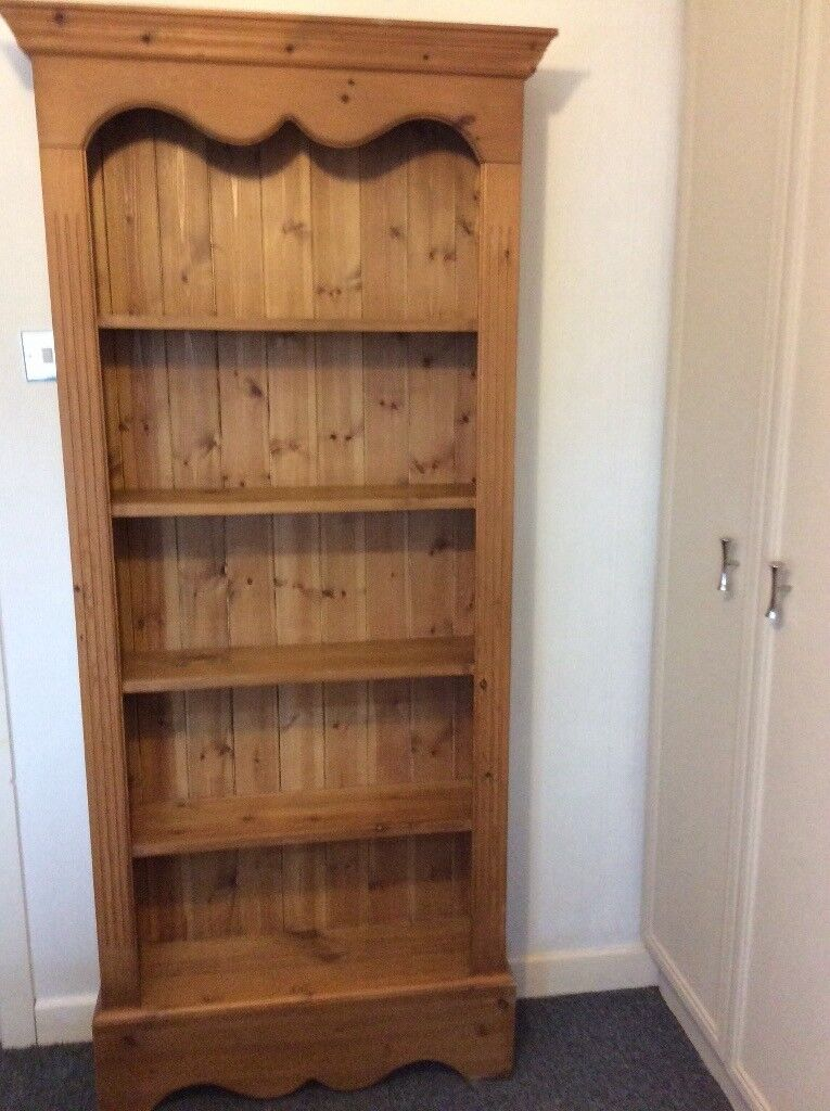 Solid Pine Book Case, immaculate conditon