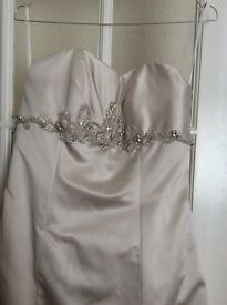 White Rose size 14 Wedding Dress only worn once
