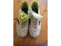 Rugby boots - Size 6 Euro 39