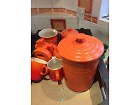 Le Crueset: volcanic Orange: 6 mugs/ coffee pot/ tea pot/ milk jug/large cookie jar