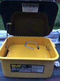 Wolf 240v parts washer 3.5 gallon as new as shown in pics