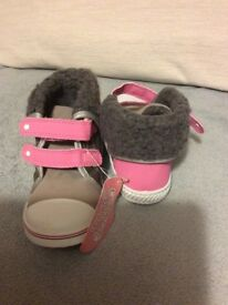 Girs's shoes size 8 NEW 'GOODY 2 SHOES'