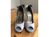 Beautiful Carvela grey/silver satin peep toe shoe - size 4
