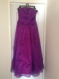 Prom dress as new approx size 16 but adjustable