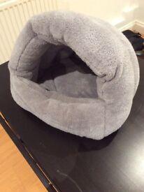 Cat bed (Tigga Towers) - never used