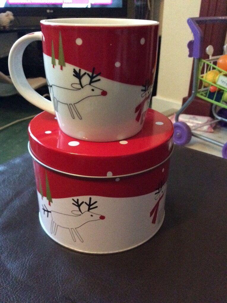 Christmas mug with gift tin
