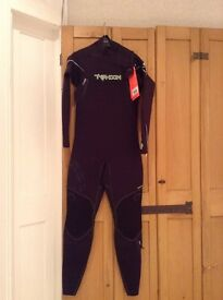 Typhoon Kona Medium Tall 3/2 Wetsuit - Brand New with Tags