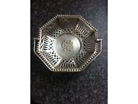 Antique silver electroplated basket with unusual crest (1920-1940s)